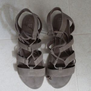 [NEW LISTING] Gap Suede Lace Up Sandals